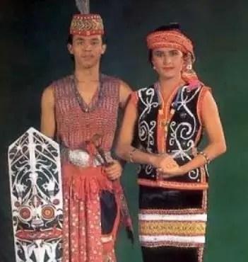 Pakaian Adat Kustin Kalimantan
