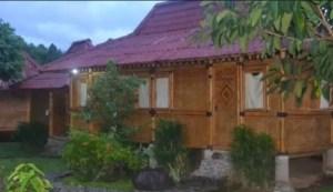 Rumah Adat Jawa Barat Imah Badak Heuay