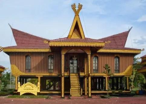 Rumah Adat Melayu yang ada di Kampar