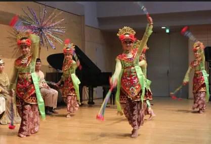 Tari Putri Bekhusek, Tarian Daerah Sumatera Selatan