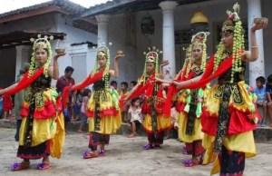 Informasi Mengenai Tari Muang Sangkal Jawa Timur yang menarik