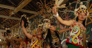 Informasi mengenai Tari Leleng Kalimantan Timur serta keunikannya