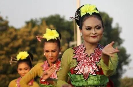 Informasi terkait dengan Tari Rancak Denok Jawa Tengah dan sejarahnya