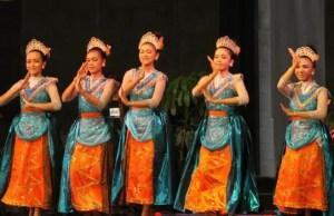Ulasan tentang Tari Petik Pari Jawa Timur dan Penjelasannya