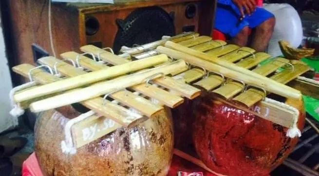 Info tentang Alat Musik Calong Sulawesi Barat dan Keterangannya