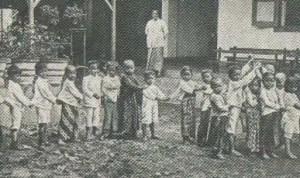 Informasi mengenai permainan Ancak-Ancak Alis Jawa Tengah dan Sejarahnya