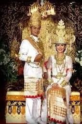 Informasi terkait dengan Upacara Adat Lampung yang unik