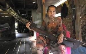 7 Alat Musik Tradisional Sulawesi Barat, Gambar dan Penjelasannya