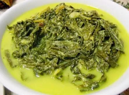 Ulasan Tentang Makanan Gulai Paku Tradisional Sumatera Barat yang lamak bana