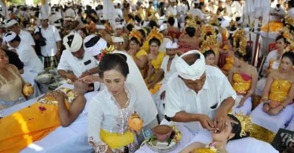 Informasi tentang Upacara Adat Bali Mepandes yang banyak digelar