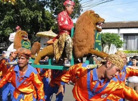 Review tentang Upacara Sepitan Sunda Jawa Barat yang harus diketahui