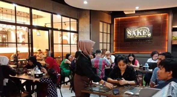 ulasan gambar yang terkait dengan tempat nongkrong Medan yang asyikm
