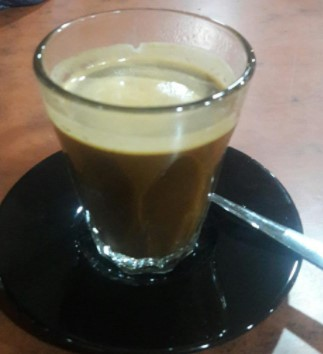 Sebuah gambar kopi sebagai pelengkap artikel tempat nongkrong Medan