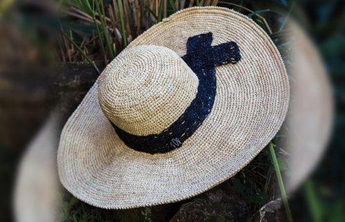 Chapeaux Capeline avec dentelle Sil'ouette madagascar