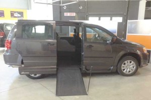 2016 VMI Rear Entry Dodge Grand Caravan 29E | Silver Cross Auto