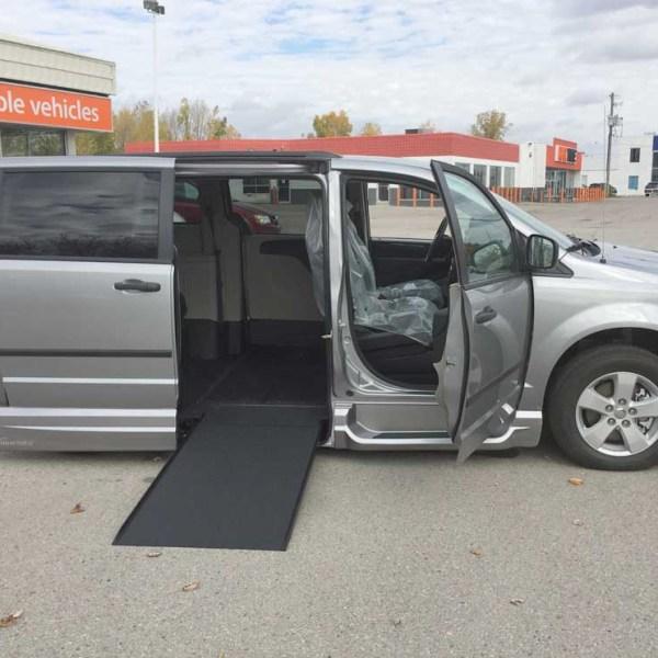2016 VMI Side Entry for Dodge Grand Caravan SE PLUS | Silver Cross Auto