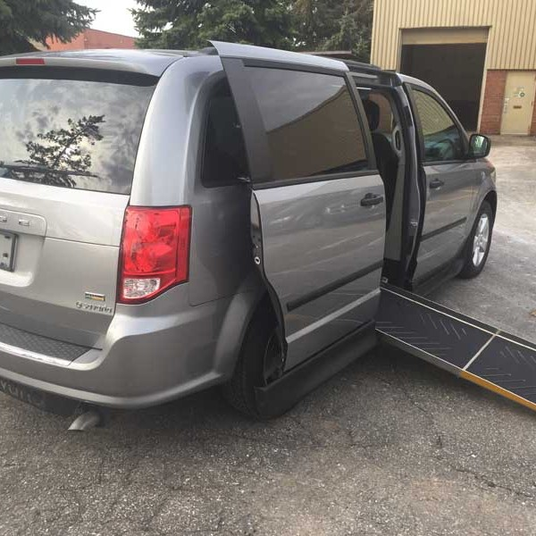 2017 Savaria Side Entry for Dodge Grand Caravan SE Plus | Wheelchair Van