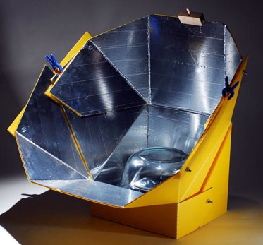 A Parabolic Solar Cooker With Segmented Construction