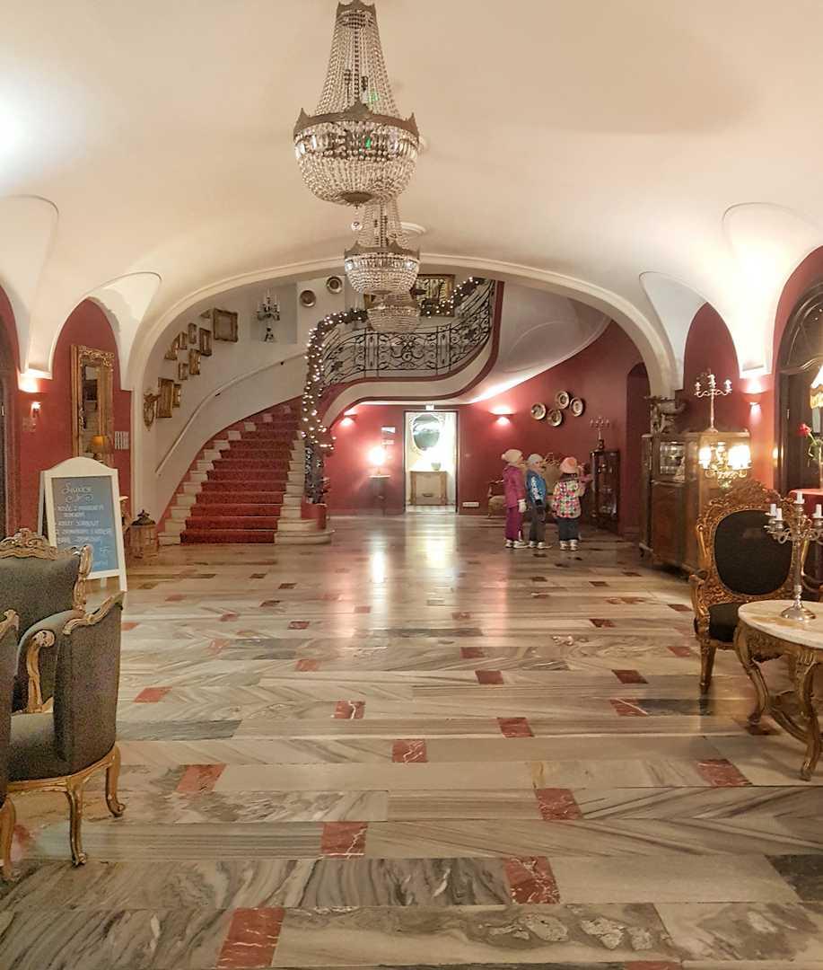 recepcja hotel Pałac Brunów