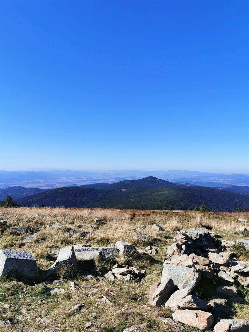 widok ze Śnieżnika w stronę Czarnej Góry