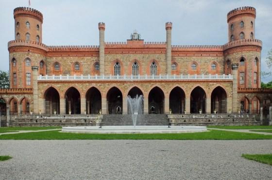 Pałac Marianny Orańskiej w Kamieńcu Ząbkowickim – tę historię musisz poznać