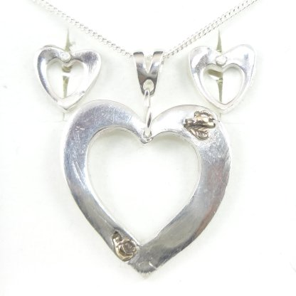 1006 Hollow Heart with Gold Inserts and Matching Earrings