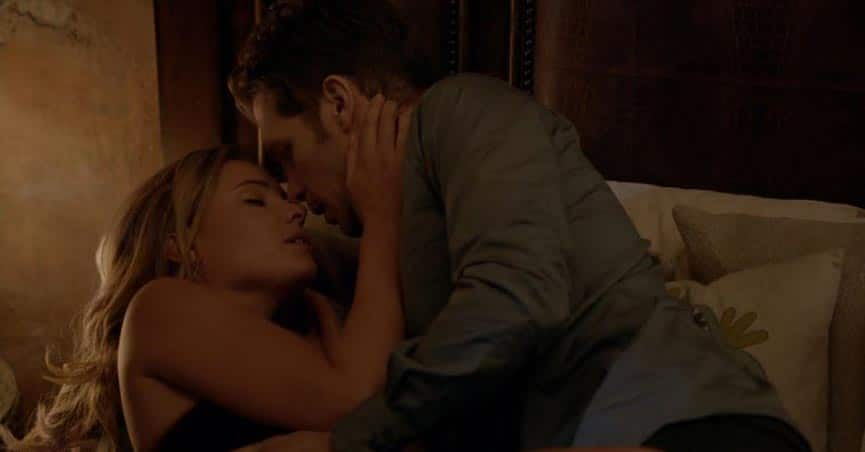 klaus-and-cami-romantic-moment-8