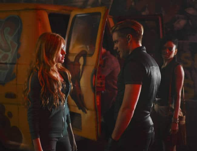 jace and clary first meet