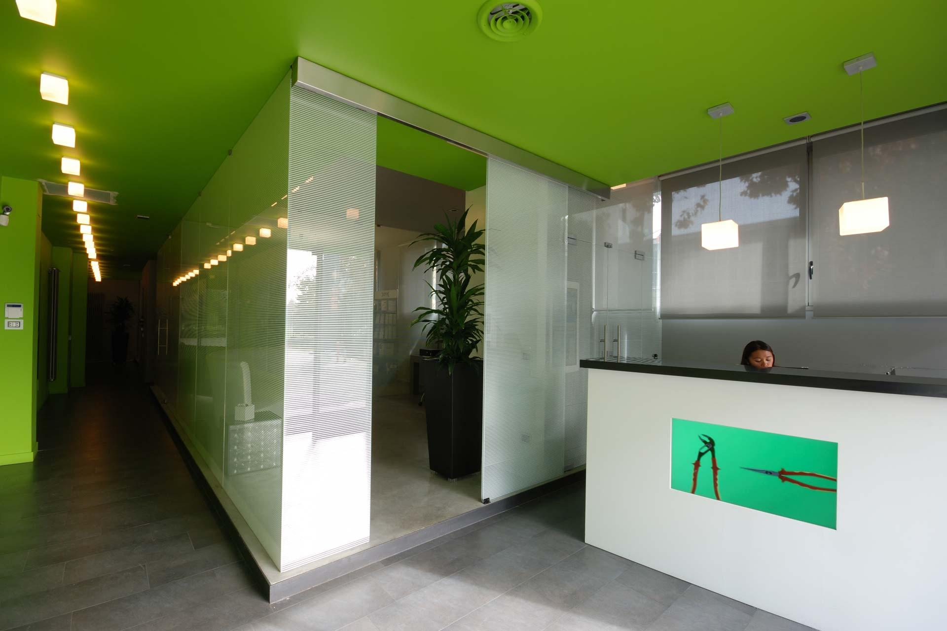 Pareti colorate per gli uffici di BM Spa a Milano