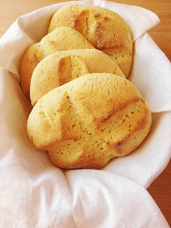 Una merenda sarda a km 0. Il pane con ricotta.