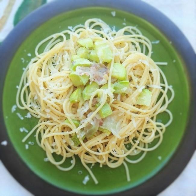 spaghetti guanciale e zucchine