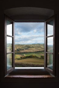 window, view, Tuscany, hills, Interior, architectural, design, real estate, museum, resort, spa, hotel, boutique, hotels, airbnb, b&b, Photographer, fotografo, photography, Italy, Italia, UK, Europe, Milan, Milano, Florence, Firenze, Rome, Roma, London, Paris, Barcelona, Madrid, Berlin