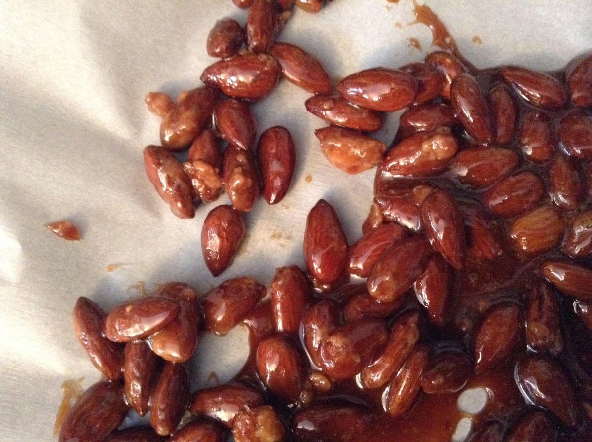 How to make chocolate caramel almonds without panicking