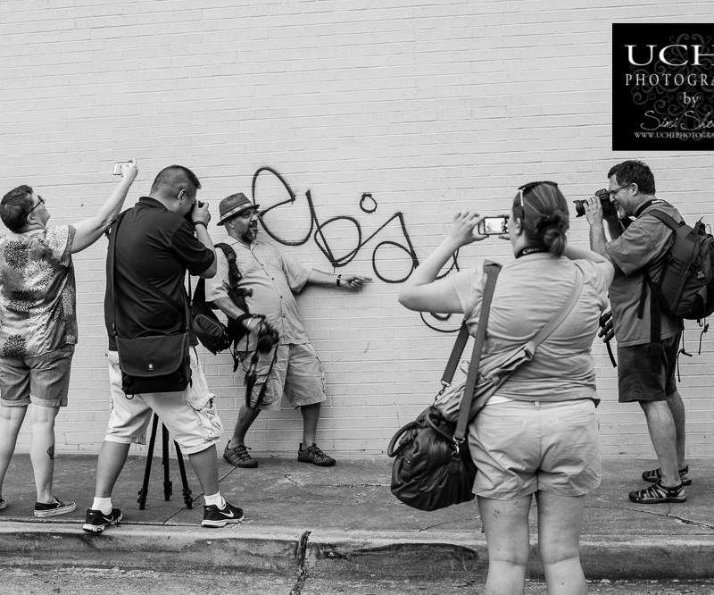 {august photowalk – how many photographers does it take to…}