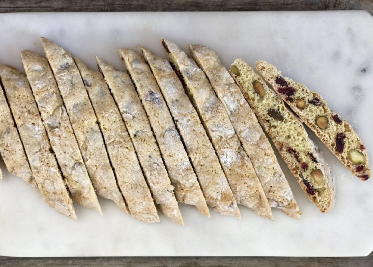 cranberry-orange pistachio biscotti