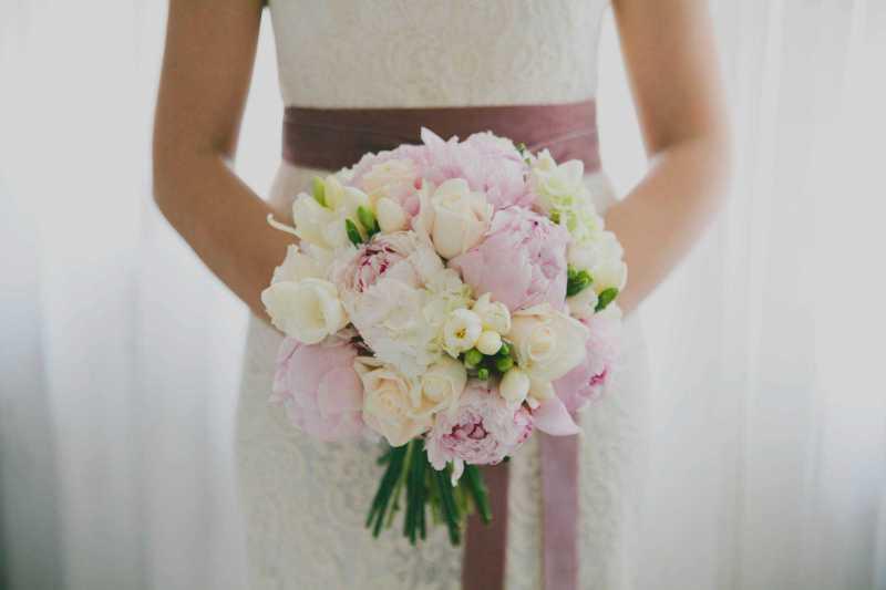 bouquet romantico rose peonie cipria simmi