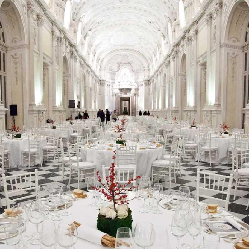 allestimento cena di gala alla Reggia i Venaria - Galleria di Diana