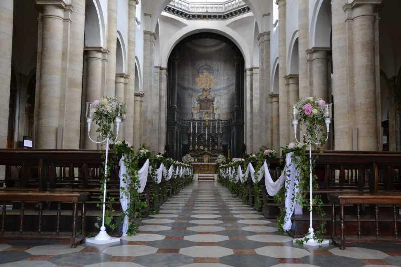 Allestimento Fiori per la Chiesa - Duomo di Torino