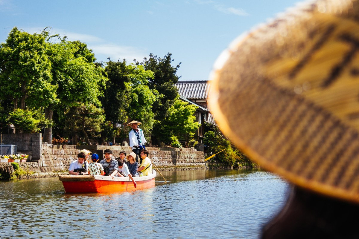 Yanagawa: The City of Water