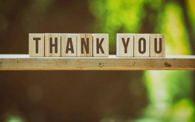 Een 'gratitude journal' voor een gelukkiger leven (met 50 journal starters)
