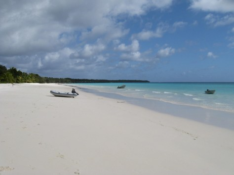 Mouli beach Ouvea new caledonia