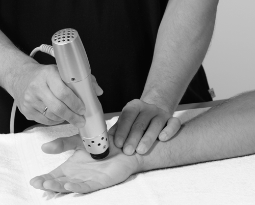 hands Shockwave Therapy Treatment in Cheltenham Gloucestershire