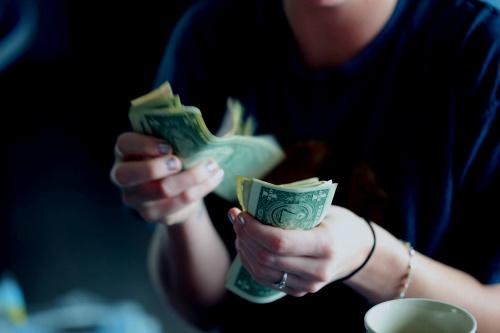 Simpatia para chamar dinheiro