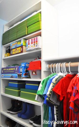 25 Create a custom closet with Billy bookshelves 2 via simphome