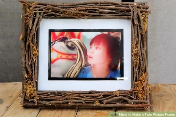 twig photo frame