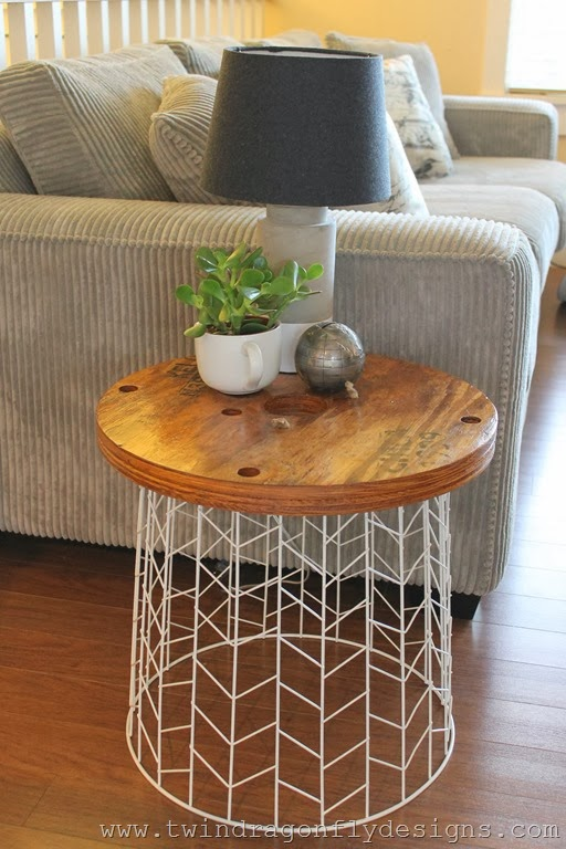 simphome wire basket table
