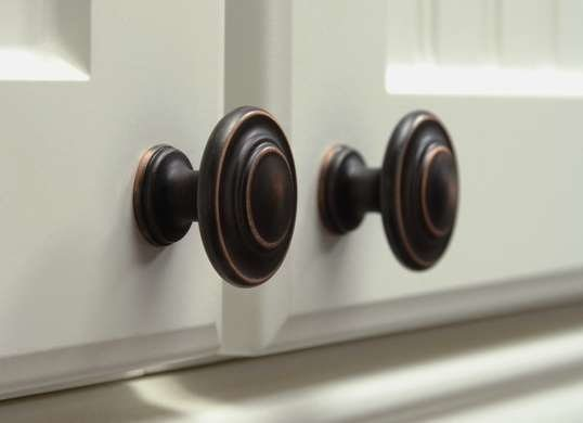 2 Door knobs Simphome com