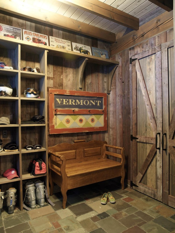 5 Reclaimed Woods for A Rustic Mudroom Simphome com