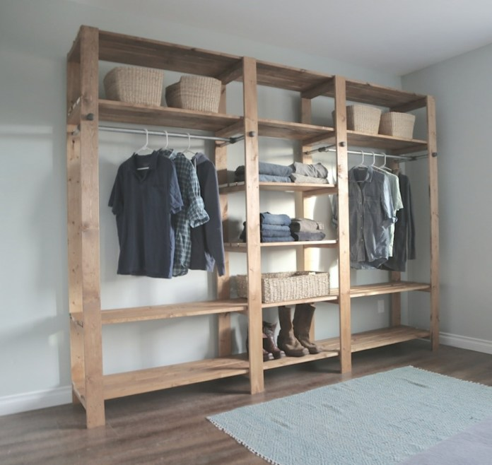 10 DIY Wooden Closet with Galvanized Pipes via simphome