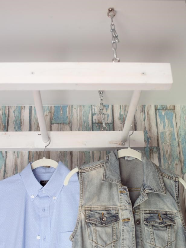 10 DIY Ladder Drying Rack via simphome